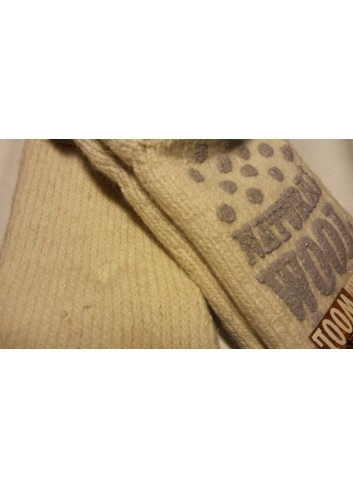 Ypatingai šiltos moteriškos kojinės su neslidžiais padukais